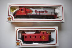 Bachmann HO Scale Santa Fe Diesel Locomotive # 6067 and ATSF Caboose (lot of 2) | Toys & Hobbies, Model Railroads & Trains, HO Scale | eBay!