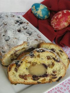 F o o d f o r t h o u g h t: paasstol currant bread, dutch cookies, pizza croissant, stollen recipe, bread Yummy Snacks, Snack Recipes, Cooking Recipes, Cake Recipes, Dutch Recipes, Sweet Recipes, German Recipes, Currant Bread, Stollen Recipe