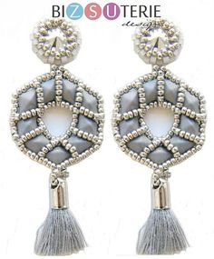 Trinity earrings - beading pattern with Diamonduos