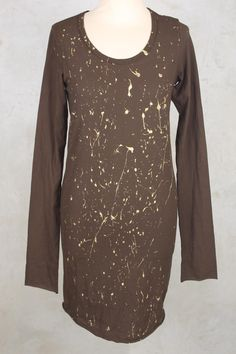 Long Sleeved T-Shirt with Curved Hem in Linoil Gold - Rundholz Dip