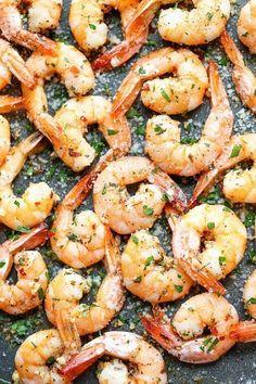 Garlic Parmesan Roasted Shrimp - The easiest roasted shrimp cocktail ever made with just 5 min prep. #seafoodrecipes