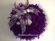 Christmas Wreath Purple Christmas Wreath Purple by thewreaths Purple Christmas Tree, Christmas Tree Wreath, Christmas Door Decorations, Purple Love, All Things Purple, Deep Purple, Feather Wreath, Purple Wreath, Floral