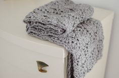 Chunky circle scarf pattern - crochet