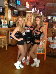 Orlando (I-Drive), FL Hooters Girls