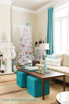 Turquoise and Silver Christmas Color Schemes - Christmas Decorating Ideas Living room