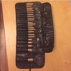 24 pc make up brush set with leather case New with case, goat hair My brush set Makeup Brushes & Tools