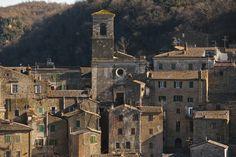 A view of Sorano #maremma #tuscany #italy
