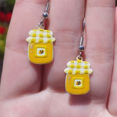 Cute Polymer Clay, Polymer Clay Charms, Diy Clay Earrings, Earrings Handmade, Cute Jewelry, Diy Jewelry, Jewellery, Biscuit, Air Dry Clay