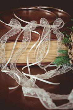 στέφανα γάμου ασημένια Wedding Wreaths, Wedding Decorations, Dream Wedding, Wedding Day, Plant Hanger, Save The Date, Getting Married, Weddings, Bridal