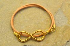 Armbänder - Unendlichkeit Armband Echtleder gold - ein Designerstück von PrincessMari bei DaWanda
