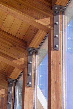 Gallery of Indian Mountain School Student Center / Flansburgh Architects - 8 Gallery - Indian Mounta Architecture Design, Timber Architecture, Shed Plans, House Plans, Veranda Pergola, Casas Containers, Timber Structure, Wood Joints, Building A Shed