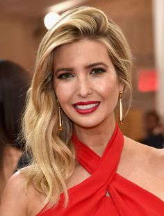 Ivanka Trump Side Sweep - Ivanka Trump looked super glam with her side-swept waves at the Met Gala.