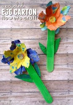 Are you looking for an upcycled egg carton craft to do with your kids? We'll show you how you can make a beautiful spring flowers craft using egg cartons.
