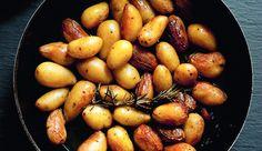 Dit heerlijke recept voor gebakken aardappeltjeskomt uit de nieuwste telg in De Zilveren Lepel-familie:Quick & Easy.…