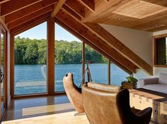floating wooden house 4 Floating Lake House in Upstate New York by Altius Architecture