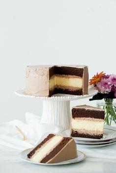 Bolo chocolate de cheesecake | Vídeos e Receitas de Sobremesas