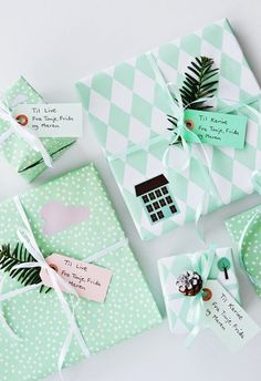 Community Post: 15 Stunning Gift Wrapping Ideas For The Minimalist In You