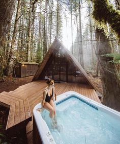 The Tedesco House: A Tiny House on Wheels by Liberation Tiny Homes - Modern Cabin Decorating Ideas Log Cabin Home Decor Modern I literally would be the happiest person - A Frame Cabin, A Frame House, Ideas Cabaña, Bungalow, Modern Cabin Decor, Modern Cabins, How To Build A Log Cabin, Casa Patio, Cabin In The Woods
