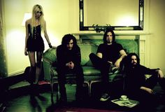 """Q&A with former """"Gossip Girl,"""" TAYLOR MOMSEN of THE PRETTY ..."""