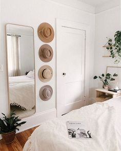 painting your house interior Home Bedroom, Bedroom Decor, Bedrooms, Bedroom Wall, Tan Bedroom, Feminine Bedroom, Mirror Bedroom, Wall Decor, Bedroom Ideas