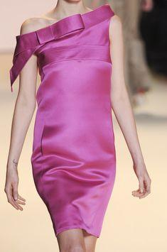 Carolina Herrera Spring 2011 - Details
