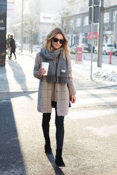 Autumn fashion 2017 work, winter fashion street style, winter style w Look Winter, Winter Wear, Autumn Winter Fashion, New York Winter Fashion, Autumn Look, Winter Layers, Dress Winter, Autumn Fall, Winter Dresses
