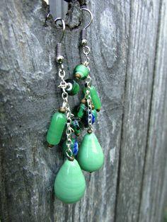 Love these simple, earthy, beaded earrings! Just beautiful.