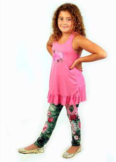 Lipstik camo and flower leggings http://www.honeypiekids.com/lipstik-camo-and-flower-leggings/