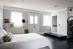 This New Orleans Studio Apartment is Located in a 140-Year-Old Bakery Compound: gallery image 6