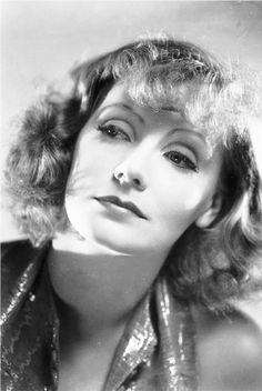 Nackt Greta Garbo  Joan Crawford