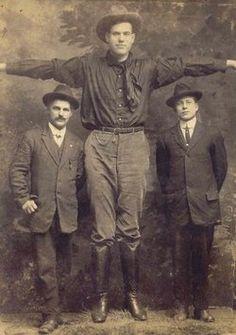 a Texas Boy.. 8 1/2 feet tall 460 lbs.  James Grover Tarver