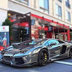 """Tron Lambo Aventador Photo: @vshaphoto"""