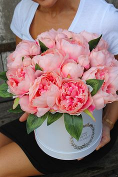 flower box z peoniami - sztuczne kwiaty wysokiej jakości od tendom.pl