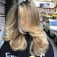 Il Biondo Erry e G è Qualcosa Di Veramente Bellissimo.....Vesti i Tuoi Capelli D'amore......Sfumali Con Le Nostre Fantastiche Tecniche Raffinate Nei Particolari....❤Sogna Capelli In Grande...By Erry e G Staff..!!!#erryegparrucchieri#work#love#hair#passione#beautyhair#hairstylist#cool#tendenza#arte#change#blogger#look#fashion#salone#creativity##napoli#salerno#caserta#portici#aversa#battipaglia#benevento#sorrento#amalfi#nola#bacoli#