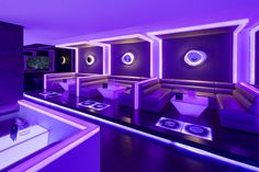 Located on the Golden Mile in Marbella, Málaga - Spain, Disco MASK is a meeting place that allows us to have a quiet drink with friends, or enjoy a night of dancing and fun thanks to its theme parties and organization. Game Room Design, Lounge Design, Bar Lounge, Hookah Lounge Decor, Nightclub Design, Coffee Shop Design, Bar Interior, Rooftop Bar, Cafe Bar