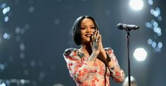 Rihanna and Kendrick Lamar to Headline Global Citizen Festival #Entertainment_ #iNewsPhoto