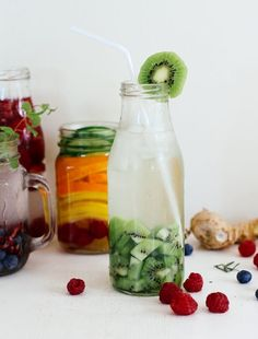 Healthy Fruit Water Recipes 3 Healthy Fruit Water Recipes To Replace Soda, Fruit Infused Water I Heart Nap Time, Naturally Flavored Sparkling Water, Healthy Detox, Healthy Drinks, Easy Detox, Healthy Water, Vegan Detox, Dinner Healthy, Detox Foods, Happy Healthy, Detox Recipes
