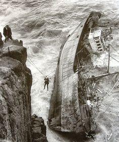 Эвакуация команды разбившегося траулера Jeanne Gougy, 11 марта 1962 года