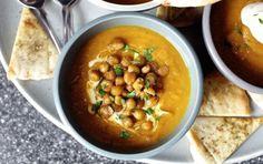 Zuppa di ceci e castagne - Una zuppa di ceci e castagne per sfruttare gli ultimi giorni di castagne e servire un piatto caldo.