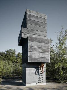 One Man Sauna par Modulorbeat : Modulorbeat est un studio d'architecture créé par January Kampshoff et Marc Günnewig. Leur travail est basé sur la juxtaposition entre l'architecture, la ville et le paysage.