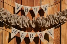 Get festive this holiday season with the Be Merry banner from Pearls and Petit Fours.  Receive 25% off and a FREE SURPRISE GIFT with coupon code: chirpholiday all weekend long (11/22-11/24) as part of Yellow Friday at The Chirping Moms!