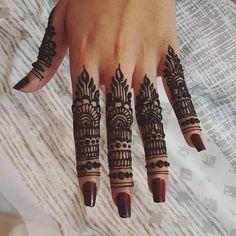awesome mehandi design for finger hennaby_mk