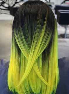 35 Cute And Crazy Hair Color Ideas For Long Hairs - Bafbouf Yellow Hair Color, Vivid Hair Color, Hair Color For Women, Hair Dye Colors, Ombre Hair Color, Cool Hair Color, Cute Hair Colors, Neon Green Hair, Pulp Riot Hair Color