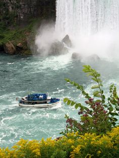 "Niagara Falls ""Maid of the Mist"" Boat Ride"