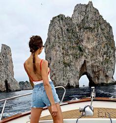 Vacation Spots, Vacation Ideas, Hiking Spots, Coming Home, Beach Club, Night Life, Repeat, Travel Inspiration, Capri