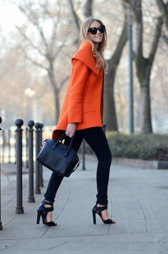 Look at this coat! Look at this beautiful color! OMG. It's so pretty.