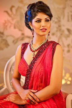 Check latest hairstyles @ www.southindianwedding.com  #Bridalhairstyles #Wedding #IndianWeddings #Southindianweddings #Wedding Tips #Marriage
