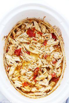 Easy Crock Pot Salsa Verde Chicken | Here Are 19 Insanely Popular Crock Pot Recipes