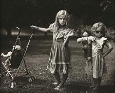mannequinsvitrine:    Sally Mann, The New Mothers, 1989.