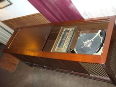 Magnavox Stereo Console with Cabinet